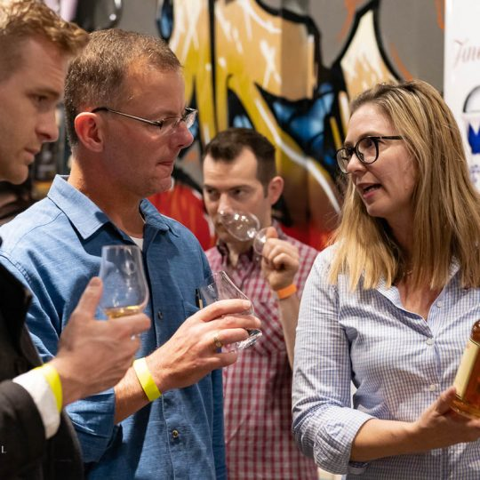 http://www.whiskyfair.com.au/wp-content/uploads/2018/08/sydney-whisky-fair-2018-may-lawrence-20-540x540.jpg