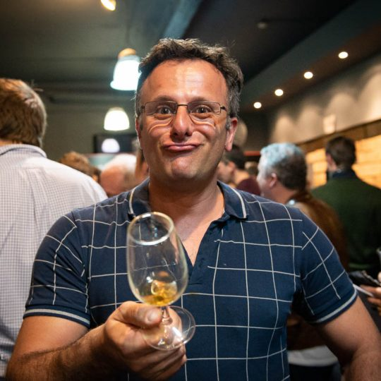 http://www.whiskyfair.com.au/wp-content/uploads/2018/08/sydney-whisky-fair-2018-may-lawrence-38-540x540.jpg