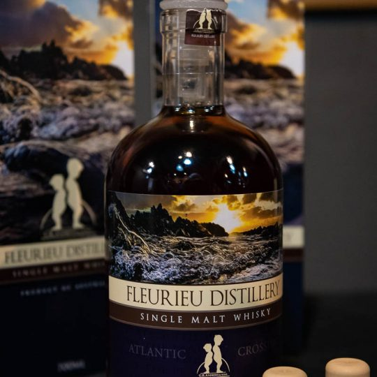 http://www.whiskyfair.com.au/wp-content/uploads/2018/08/sydney-whisky-fair-2018-may-lawrence-8-540x540.jpg